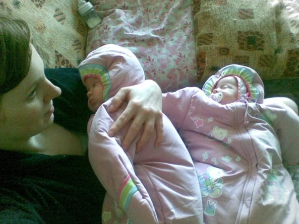 Сегодня обсудим все вопросы развития беременности двойней, особенности течения самой беременности и родов.